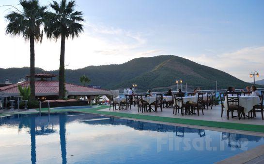 Temiz ve Berrak Bodrum Sahilinde, Denize Sıfır Marbas Hotel'de Herşey Dahil Tatil Fırsatı