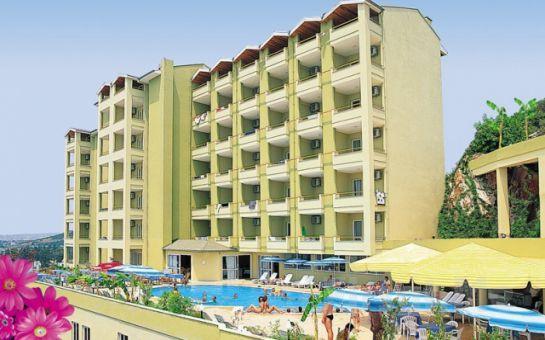 Denize Sıfır Sakin Ve Huzurlu Bir Tatil Hotel Blue Night'tan Herşey Dahil Tatil Fırsatı