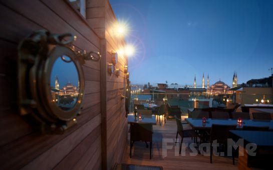 Sultanahmet'in Kalbinde, Muhteşem Deniz Manzarası Eşliğinde Osmanlı Usulü İftar Yemeğine Ne Dersiniz?