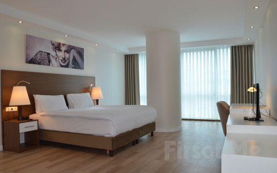 Beylikdüzü Bika Suites İstanbul'da Kahvaltı Dahil 2 Kişi 1 Gece Konaklama, Akşam yemeği Seçeneği ile!