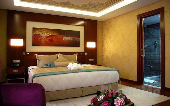 5 Yıldızlı Hurry Inn Merter İstanbul Hotel'de Kahvaltı Dahil 2 Kişi 1 Gece Konaklama Fırsatı!