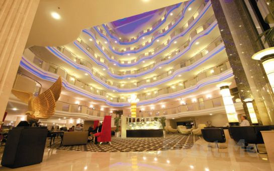 Büyükçekmece Eser Premium Hotel ve Spa'nın 5 Yıldızlı Konfora Sahip Odalarında 2 Kişi 1 Gece Oda Kahvaltı Dahil Konaklama Fırsatı!