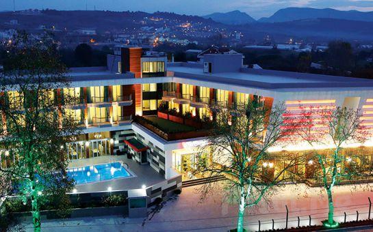 Yalova'nın İncisi Lova Hotel Spa'da 2 Kişilik Konaklama Seçenekleri!