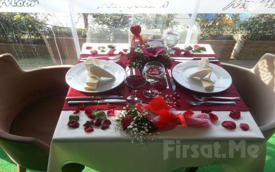 Anadolu Hisarı'nda Aşk Başkadır! My Moon Restaurant'ta Sevgililer Gününe Özel Canlı Müzik Eşliğinde Akşam Yemeği!