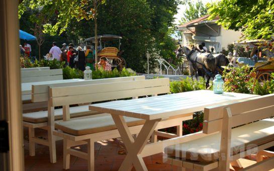 Doğanın Kalbinde Kahvaltı Keyfi Büyükada Akasya Restaurant'da 20 Çeşitten Oluşan Leziz Kahvaltı Menüsü