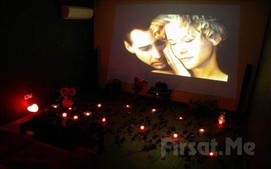 Sevdiğinize Unutulmaz Bir Sürpriz Yapmak İçin Beylikdüzü Cafe Dominant'ta Kişiye Özel Sinema Gösterimi!