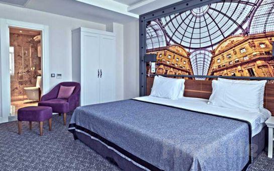 Denize Sıfır Mudanya Montania Special Class Hotel'de 2 Kişi 1 Gece Konaklama, Kahvaltı Keyfi