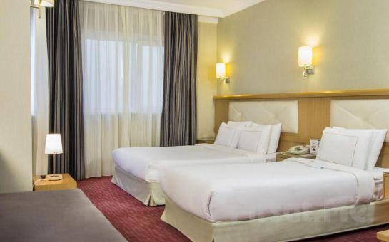 Sirkeci Erboy Hotel'de 2 Kişi 1 Gece Konaklama ve Kahvaltı Keyfi
