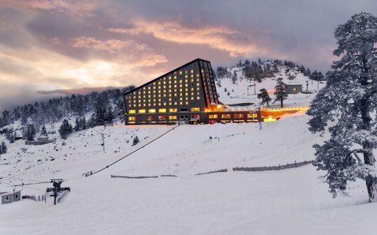 Tatil Bugün'den 1 Gece Yarım Pansiyon Konaklamalı Kar ve Kayağın Zirvesi Kartalkaya Kayak Turu! (Ek Ücret Yok!)
