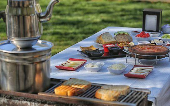 POLONEZKÖY Yolu Üzerinde Ayşe Teyze Bağ Bahçe'de; Güveçte Sucuk Eşliğinde Serpme Kahvaltı Keyfi