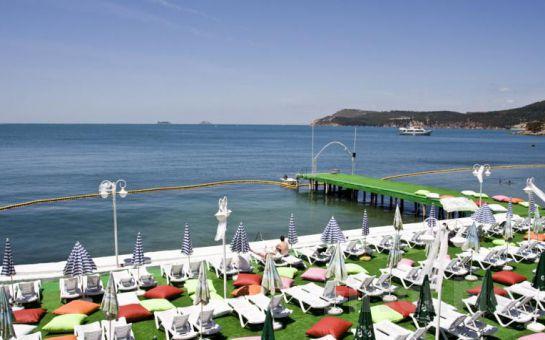 Plaj Keyfi Yanıbaşınızda! Büyükada Prenses Koyu Plajına Giriş + Soft İçecek Fırsatı!