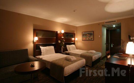 Bağdat Caddesi Dream Hill Business Deluxe Hotel'de 2 Kişi 1 Gece Konaklama, Türk Hamamı, SPA Kullanımı, Kahvaltı Seçeneğiyle