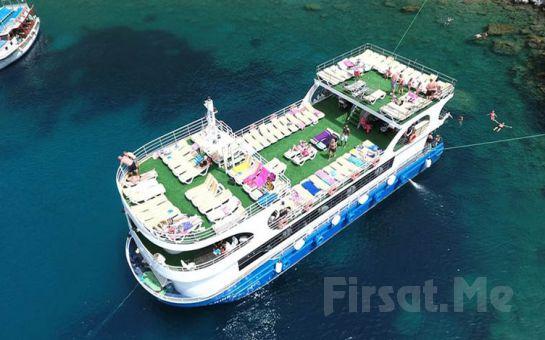 Yarı Denizaltı ile Öğle Yemeği Dahil Günübirlik Marmaris Tekne Turu