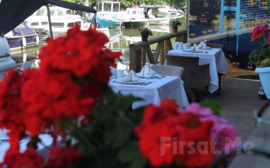 Anadolu Hisarı Göksu Nehir Restaurant'ta Yöresel Lezzetlerden Oluşan Serpme Kahvaltı Keyfi