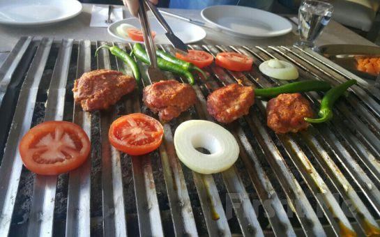 Kumkapı Hünkar Restaurant'ta Türk Sanat Müziği Eşliğinde Leziz İftar Yemeği