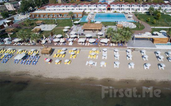 Capello Beach Kuşadası'nda Gün Boyu Plaj Girişi, Havuz Kullanımı, Şezlong ve Şemsiye