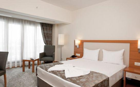 Şehrin Karmaşasından Kurtulmak İsteyenler İçin Kumburgaz Mercia Hotel'de Kahvaltı Dahil Konaklama Keyfi