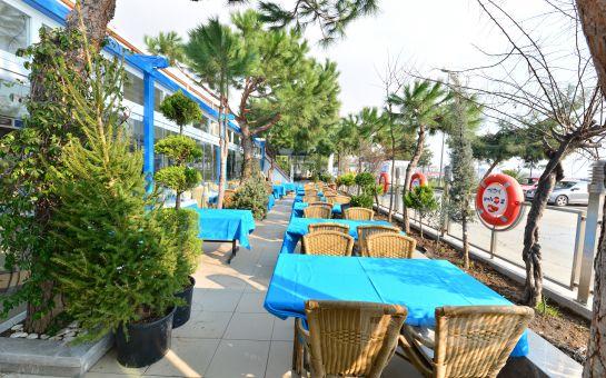 Yeşilköy Yalı Restaurant'ta İçki Dahil Akdeniz Mezeleri Menüsü