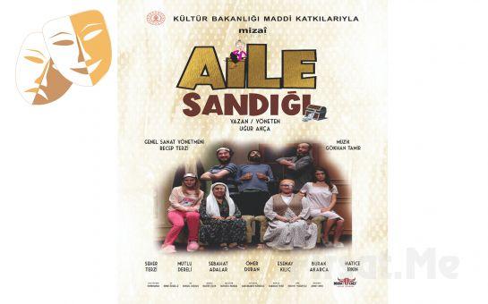 Kahkahalarla İzleyeceğiniz Tek Perde Aile Komedisi 'Aile Sandığı' Tiyatro Oyunu Bileti