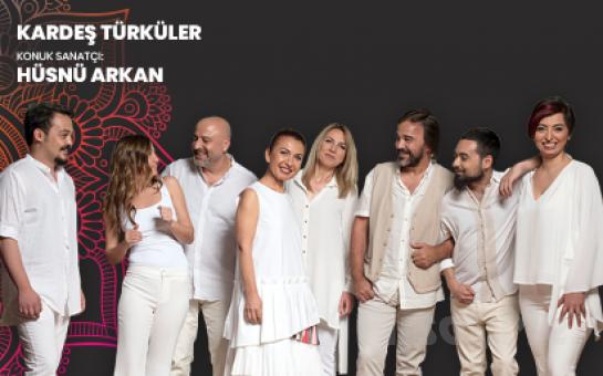 Bostanlı Suat Taşer Tiyatrosu'nda 17 Şubat'ta 'Kardeş Türküler ve Konuk Sanatçı Hüsnü Arkan' Konser Bileti