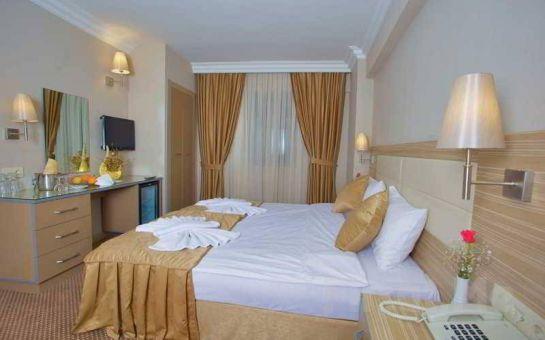 Grand Emin Otel Yenikapı'da Kahvaltı Dahil 2 Kişilik Konaklama Keyfi
