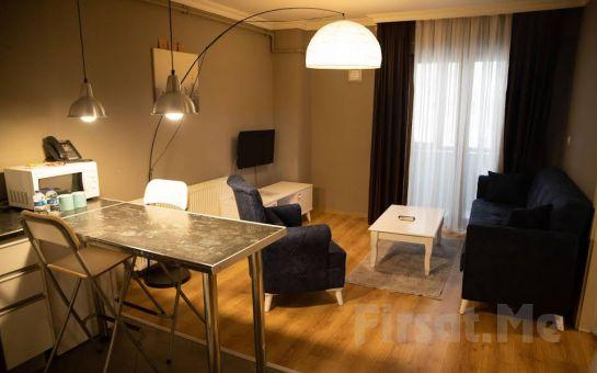 The Hera 30 Suite Maltepe'de Suit Odalarda 2 Kişilik Konaklama Seçenekleri