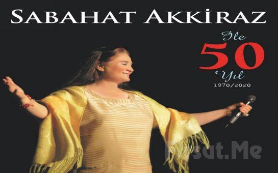 Bostanlı Suat Taşer Tiyatrosu'nda 11 Eylül'de Türk Halk Müziğinin Usta Yorumcusu 'Sabahat Akkiraz 50. Yıl' Konser Bileti