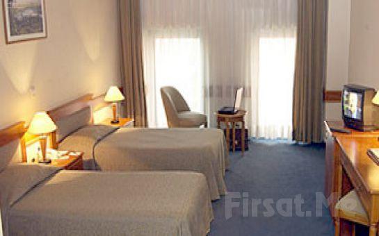 Haliç Manzaralı Tepebaşı Euro Plaza Hotel'de Kişi Seçenekleri ile 1 Gece Konaklama ve Kahvaltı Keyfi