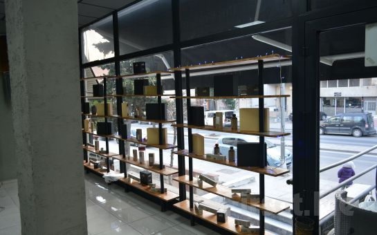 Ataşehir Saloon Fırça'da 3D Reflex Technology ve Nashi Marka Ürünlerle Saç Boyası, Bakımı ve Fön Paketi
