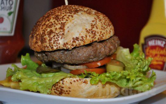 Yemek Sonrası At Binme Keyfi Atlı Tur'da Islak Burger, Soft İçecek, At İle Gezinti