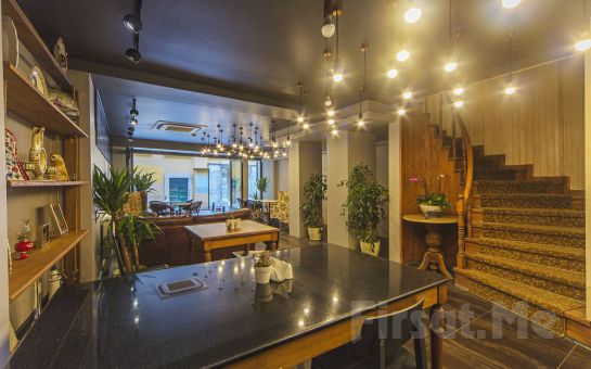 Meroddi Pera Hotel Galata'da 2 Kişi 1 Gece Konaklama Ve Kahvaltı Keyfi!