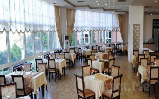 Kartepe Park Otel'de Konaklama ve Açık Büfe Kahvaltı Kişi Seçeneğiyle