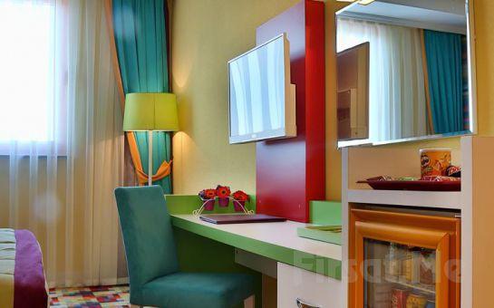 5 *'lı Qua Hotel Atatürk Airport Bağcılar'da 2 Kişi 1 Gece Konaklama Keyfi, Kahvaltı Seçeneğiyle