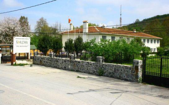 Doğanın Kalbi Korupark Otel Şile'de Serpme Kahvaltı Keyfi!
