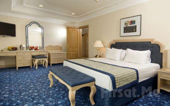 Kemer Simena Hotel'de Ultra Her Şey Dahil Erken Rezervasyon Konaklama Fırsatı!
