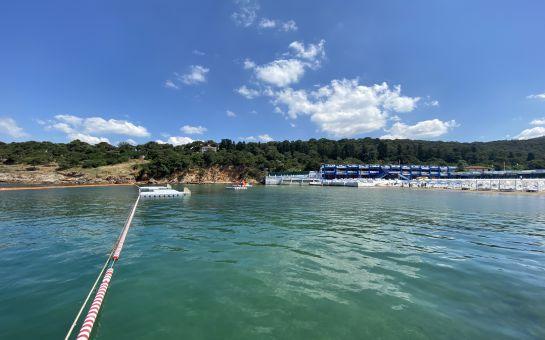 Büyükada Yörükali Plajı'na Giriş, Şezlong, Şemsiye Fırsatı