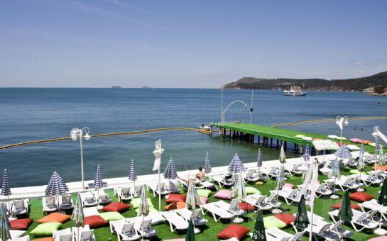 Plaj Keyfi Yanıbaşınızda! Büyükada Prenses Koyu Plajına Giriş + Soft İçecek Fırsatı! (Bayram Seçeneğiyle)
