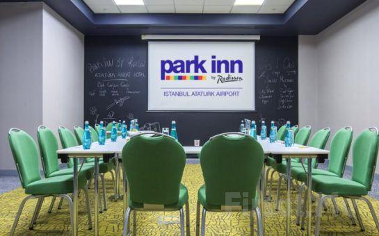 Park Inn by Radisson Istanbul Atatürk Airport'tun Konforlu Odalarında 2 Kişi 1 Gece Konaklama Keyfi, Kahvaltı Seçeneğiyle