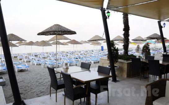 Kumburgaz Ronax Otelde Canlı Müzik Eşliğinde Beach Party Keyfi!