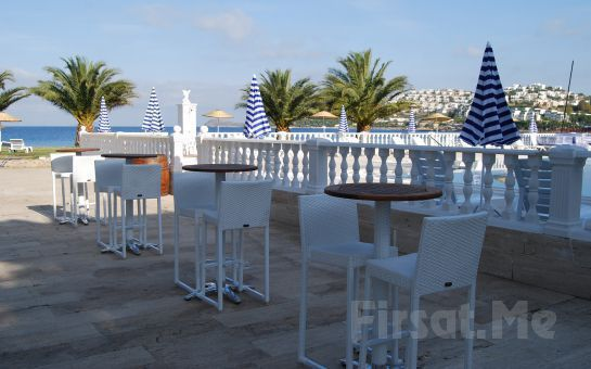 Denize Sıfır Club Blue White Bodrum'da Herşey Dahil Kişibaşı Gece Konaklama!