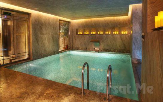 Berjer Boutique Hotel & Spa Taksim'de 2 Kişi 1 Gece Konaklama ve Kahvaltı Keyfi!
