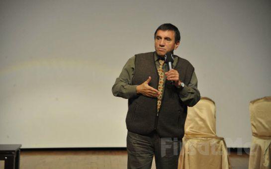 Prof. Dr. Üstün Dökmen'le Küçük Şeyler Oyununa Giriş Bileti