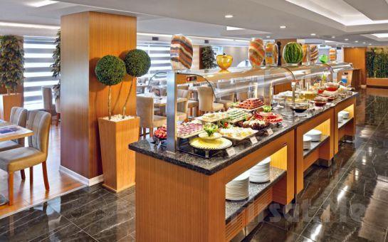 Eskişehir The Merlot Hotel'de 2 Kişilik Konaklama Ve Kahvaltı Keyfi