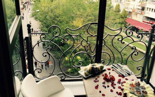 Kültür Mirası Eskişehir Odunpazarı Senna City Hotel'de Konaklama ve Kahvaltı Keyfi