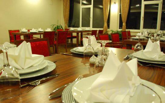 İnegöl Hotel Angelacoma'da 1 Gece Konaklama, Kahvaltı ve Spa Keyfi