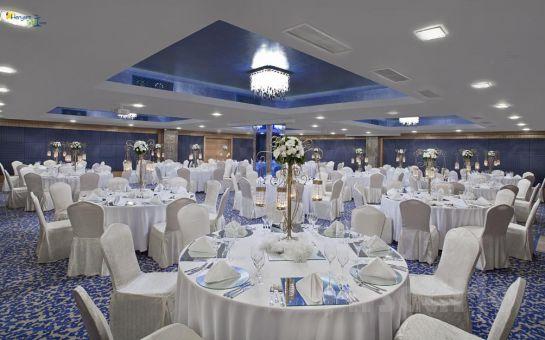 Divan Otel Bursa'da Yılbaşı Galası, Limitsiz Eğlence ve Konaklama Seçenekleri!(Limitsiz İçecek Dahil!)