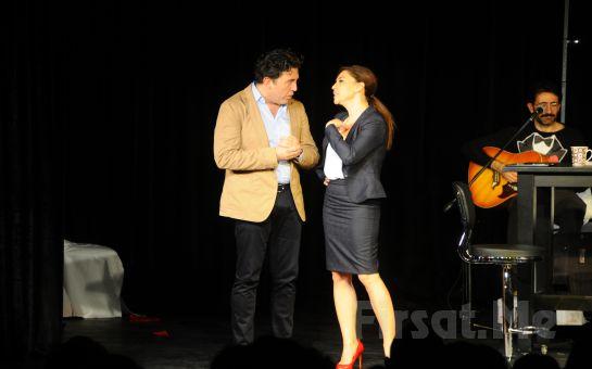"""Duru Tiyatro'da Emre Kınay Performansı ile """"İKİ BEKAR"""" Oyunu Biletleri!"""