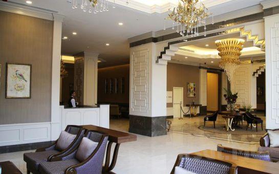 İnegöl Marrion Hotel'de 2 Kişi 1 Gece Konaklama, Kahvaltı ve Spa Keyfi