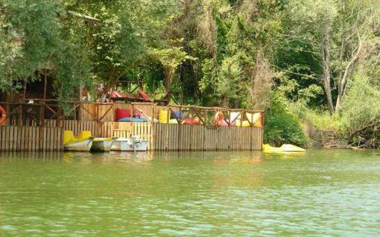 Göksu Nehri Kenarında Ağva Shelale Hotel'de Canlı Müzik Eşliğinde İçki Dahil Yılbaşı Gala Yemeği ve Konaklama Seçenekleri
