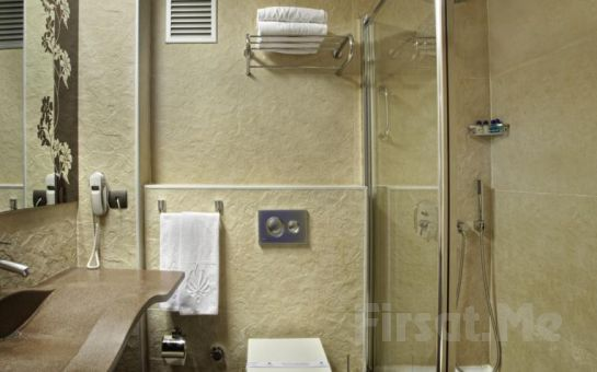 Konak Hotel Harbiye'de 2 Kişi 1 Gece Konaklama ve Kahvaltı Seçenekleri